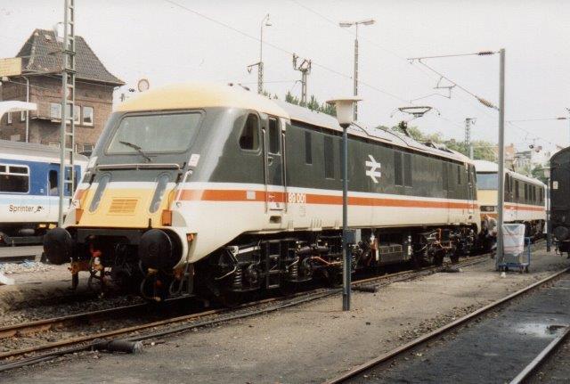 BR udstillede deres nye intercitytog på IWA i Hamborg 1988.. Der er tr forskellige lokomotivtyper, alle elektriske. de ses på de følgende fotos. Her er det BR 89001.