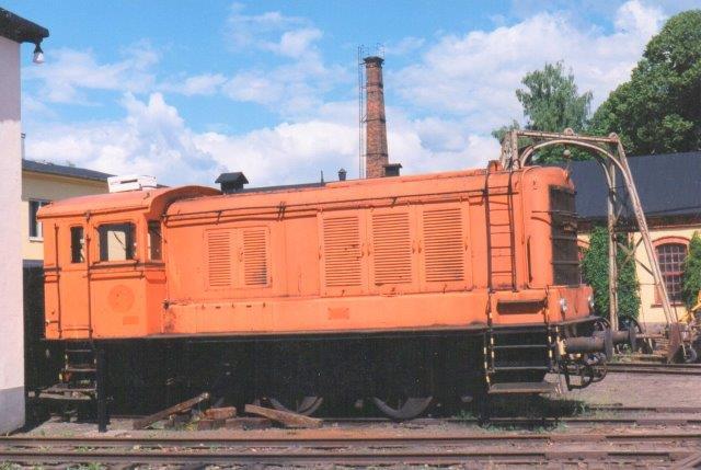 SJ V3 37, Esslingen 5105/1953. Bygger efter det tyske militærlokomotiv V36. Nora 1997.