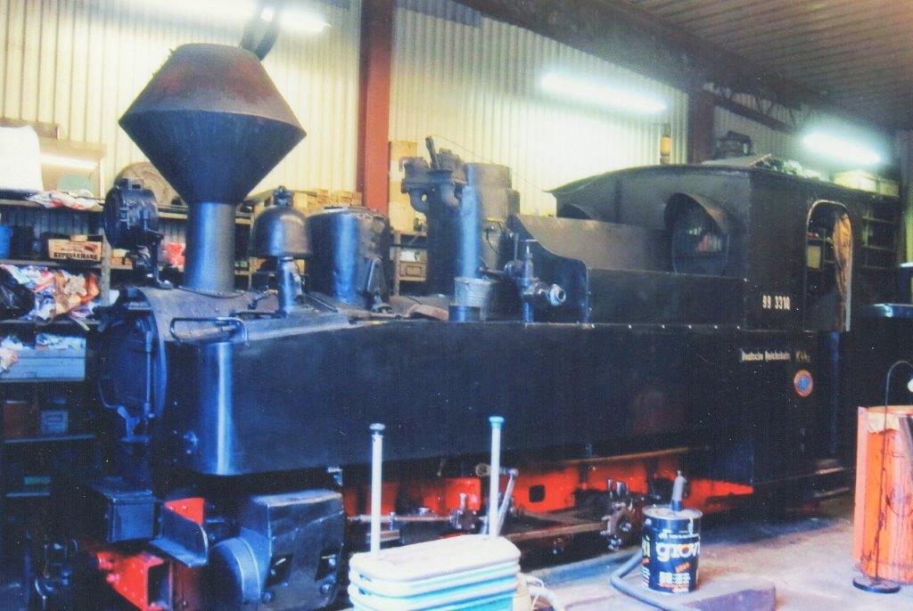 Ohs Bruk 3, O&K 8338/1917. Også et Brigadelokomotiv, der i Ohs kaldes Det tyske Lok. Det var tidligere DR 99 3310. Foto: Sidse Friis Laursen 2011.
