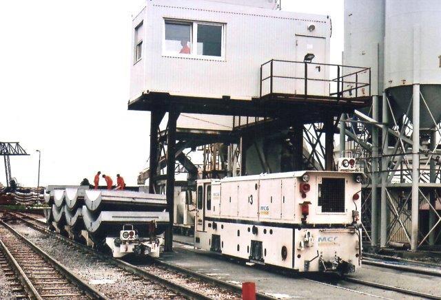 MCG 3, Schöma 6136/2007. Type CFL200 DCL. Lok nr. 3 0g 4 havde trods tyoebetegnelsen 250 hk mod 1 og 2, der kun havde 235 hk. Både 3 og 4 leveredes som nye i Malmö. Foto: UV 2007.