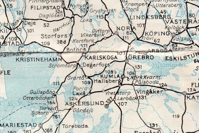 Nora Bergslags Järnväg ses som køreplannr 111 mellem Otterbäcken, Bofors-Karlskoga, Nora og Erwalla. I Otterbäcken satsede man åbenbart på vandvejen til Göteborg. Sveriges Kommunikationer 1951.