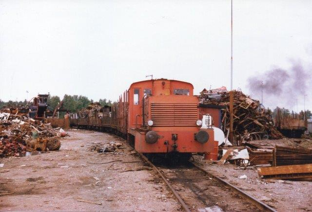Karlskoga Järn- och Metallindustri uden nr., MaK 220 017/ 1952. Type 240B. Ex. NBJ 16. Firmaet havde solgt NBJs lok og havde stadig tegninger af dem, som jeg også fik en stak af. 1986.