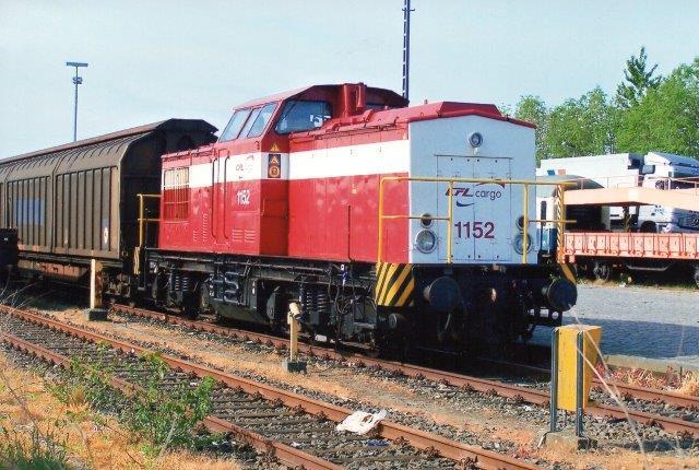 CFL Cargo 1152, LEW 12939/1972. Type V100..1 B'B'-dh. Som ny til DR 202 430. 2204 til neg 1152. Senere CFL 1152. Har dog også heddet neg 04. Foto 2004 i Niebüll.
