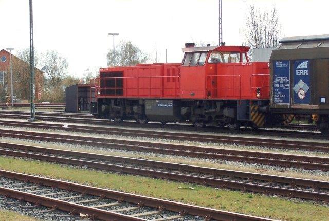 CFL Cargo 92 82 0001509-9 L-CFLCA. Type MaK G 1206. Lokomotivet har den viste beskedne ejermarkering på kassen under rammen. Maskinen er forspændt er denne dag betydeligt godstog til Westerland.